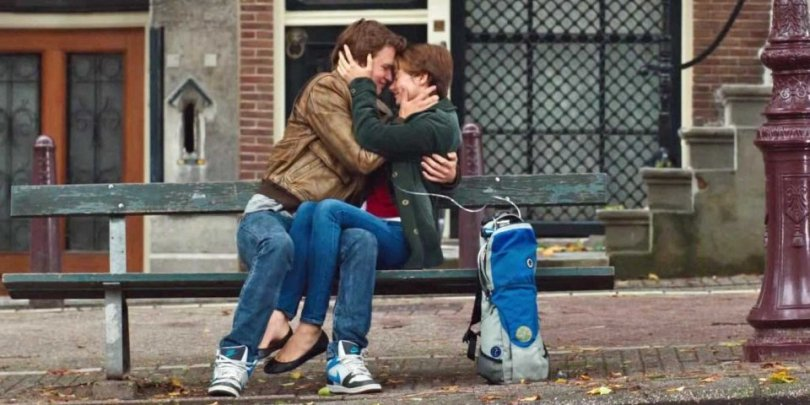 fault-in-our-stars-kiss