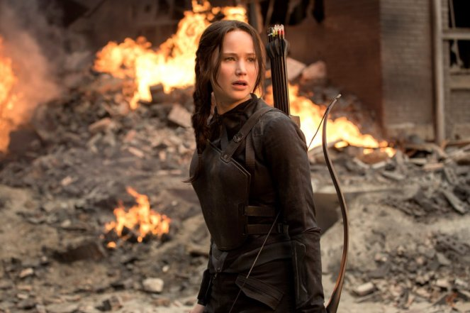 The-Hunger-Games-Mockingjay-Part-1-Jennifer-Lawrence-as-Katniss