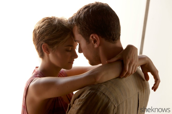 insurgent-exclusive-7-never-before-seen-pics-from-the-film-tris-and-four-look-hot