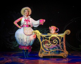 Beauty-and-the-Beast-Musical-12