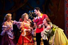 Beauty-and-the-Beast-Musical-Singapore054